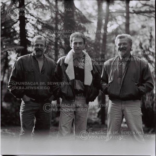 # 1092 - Czerwone Gitary w składzie: Seweryn Krajewski, Jerzy Skrzypczyk, Bernard Dornowski. 1991r. sesja zdjęciowa w Michalinie.