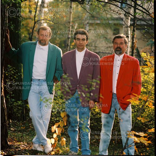 # 1156 - 1991r. sesja zdjęciowa w Michalinie, come back Czerwonych Gitar w składzie: Seweryn Krajewski, Bernard Dornowski, Jerzy Skrzypczyk