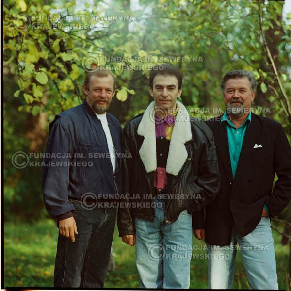 # 1161 - 1991r. sesja zdjęciowa w Michalinie, come back Czerwonych Gitar w składzie: Seweryn Krajewski, Bernard Dornowski, Jerzy Skrzypczyk