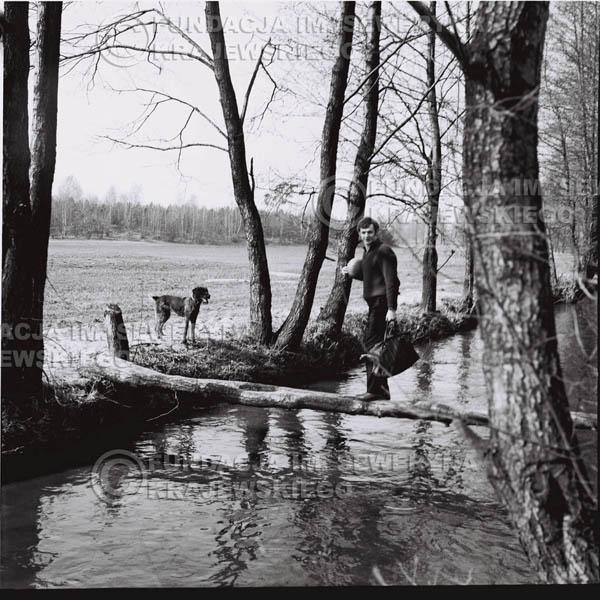 # 132 - 1967r. Czerwone Gitary na łonie natury pod Warszawą