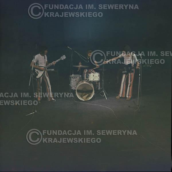 # 1511 - 1973r Koncert w Poznaniu Czerwone Gitary w składzie: Bernard Dornowski, Jerzy Skrzypczyk, Seweryn Krajewski.