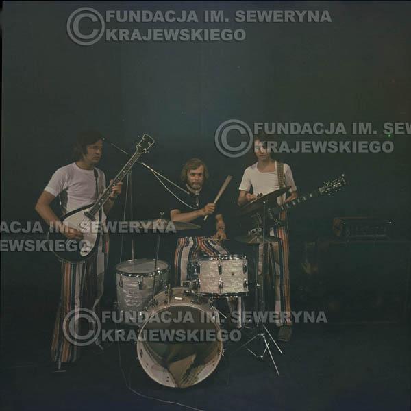 # 1512 - 1973r Koncert w Poznaniu Czerwone Gitary w składzie: Bernard Dornowski, Jerzy Skrzypczyk, Seweryn Krajewski.