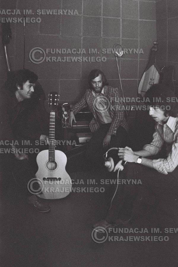 # 1547 - Seweryn Krajewski, Bernard Dornowski, Jerzy Skrzypczyk – 1974r. w małym domowym studio w mieszkaniu Seweryna Krajewskiego w Sopocie.