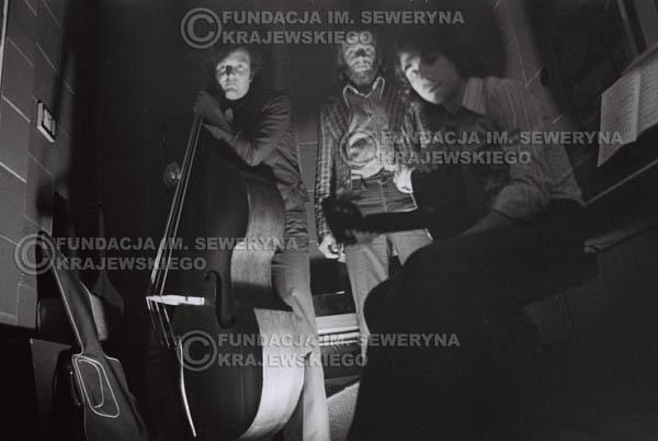 # 1550 - Seweryn Krajewski, Bernard Dornowski, Jerzy Skrzypczyk – 1974r. w małym domowym studio w mieszkaniu Seweryna Krajewskiego w Sopocie.