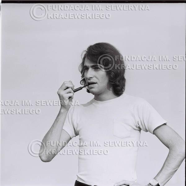 # 1612 - 1974r. Seweryn Krajewski z fajką.