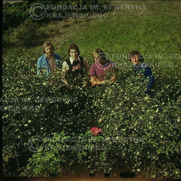 # 1618 - 1974r. sesja zdjęciowa w Sanoku. Czerwone Gitary w składzie: Seweryn Krajewski, Bernard Dornowski, Jerzy Skrzypczyk, Ryszard Kaczmarek.