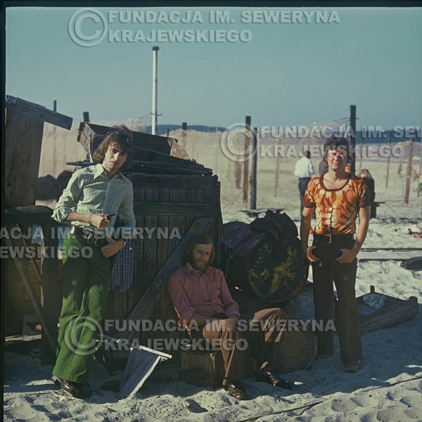 # 1637 - 1973r. plaża w Sopocie: Seweryn Krajewski, Bernard Dornowski, Jerzy Skrzypczyk