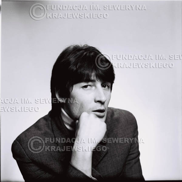 # 172 - 1967r. Krzysztof Klenczon sesja zdjęciowa do płyty pt: 'Czerwone Gitary 3'