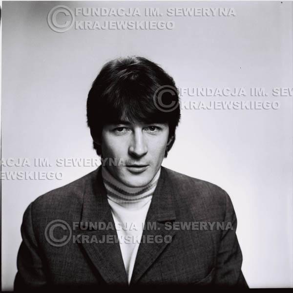 # 173 - 1967r. Krzysztof Klenczon sesja zdjęciowa do płyty pt: 'Czerwone Gitary 3'
