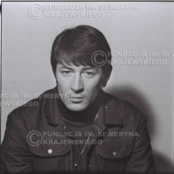 # 188 - 1967r. Krzysztof Klenczon sesja zdjęciowa do płyty pt: 'Czerwone Gitary 3'