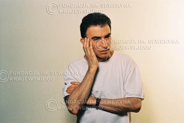# 1 - Leszek Fidusiewicz. Sesja do okładki 'Strofki na gitarę (2)' - 1993 r.
