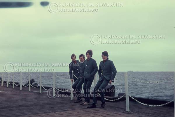 # 292 - Czerwone Gitary 1967r. sesja do płyty pt: 'Czerwone Gitary 3', molo w Sopocie