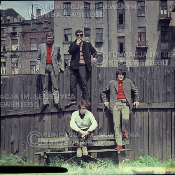 # 362 - Czerwone Gitary, Łódź, sesja zdjęciowa do płyty pt: 'Czerwone Gitary 3' 1967r