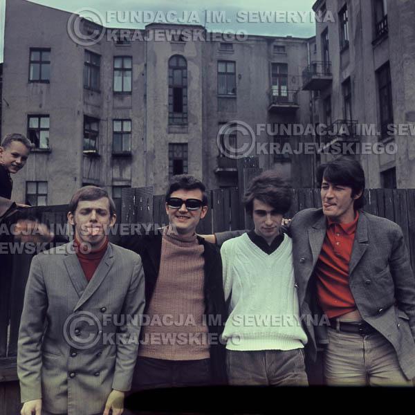 # 371 - Czerwone Gitary, Łódź, sesja zdjęciowa do płyty pt: 'Czerwone Gitary 3' 1967r