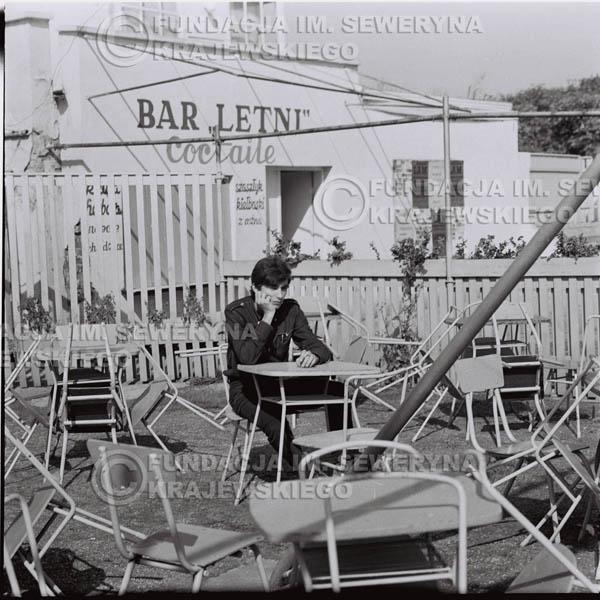 # 419 - Seweryn Krajewski, 1967r. sesja w Sopocie (zdjęcia dla fanów do autografów)