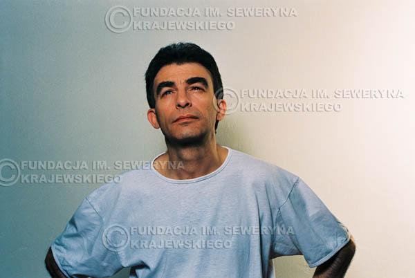 # 43 - Leszek Fidusiewicz. Sesja do okładki 'Strofki na gitarę (2)' - 1993 r.