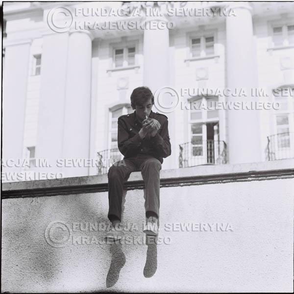 # 445 - Seweryn Krajewski, 1967r. sesja w Sopocie (zdjęcia dla fanów do autografów)