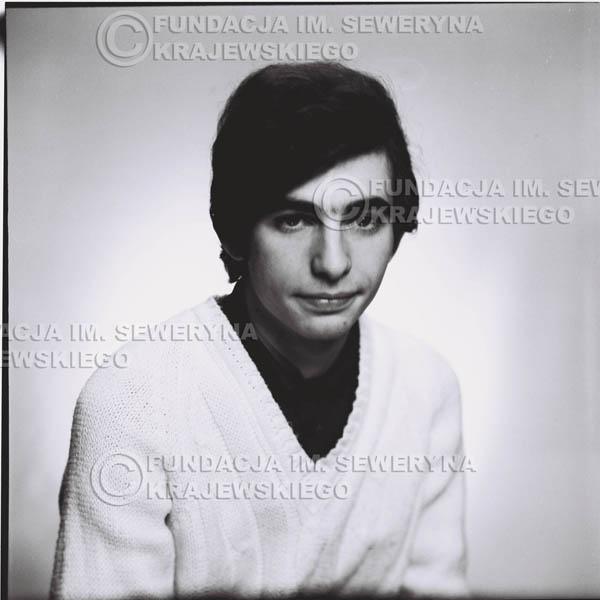 # 453 - Seweryn Krajewski, sesja zdjęciowa do płyty pt: 'Czerwone Gitary 3', 1967r.