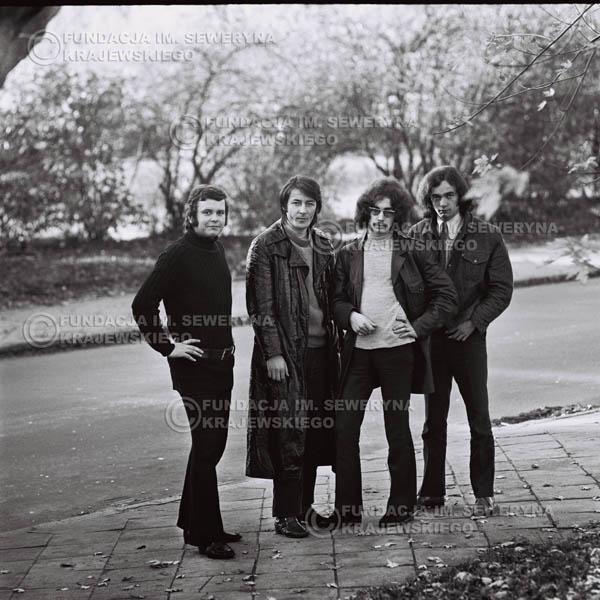 # 497 - 'Trzy Korony' 1970r. W składzie: od lewej: Ryszard Klenczon , Krzysztof Klenczon, Grzegorz Andrian i Piotr Stajkowski