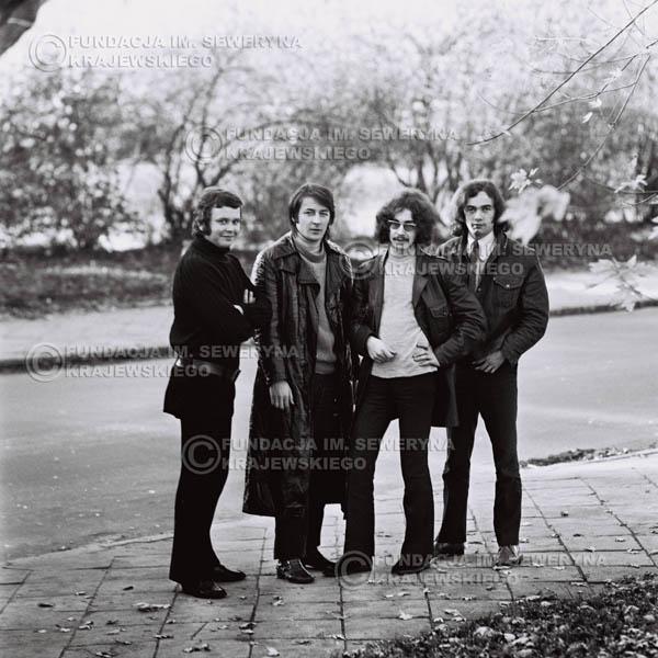 # 498 - 'Trzy Korony' 1970r. W składzie: od lewej: Ryszard Klenczon , Krzysztof Klenczon, Grzegorz Andrian i Piotr Stajkowski
