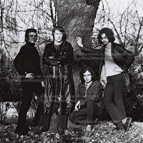 # 517 - 'Trzy Korony' 1970r  - Od lewej:Ryszard Klenczon, Krzysztof Klenczon, Piotr Stajkowski,  Grzegorz Andrian.