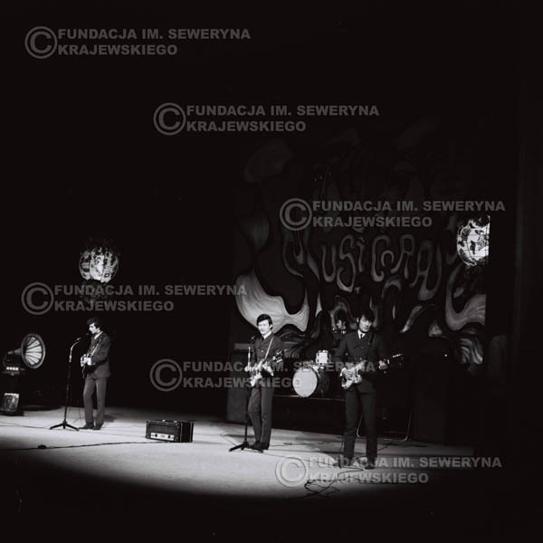 # 530 - 1968r kwiecień,  Musicorama (powstała z inicjatywy Franciszka Walickiego) Sala Kongresowa w Pałacu Kultury i Nauki w Warszawie - Czerwone Gitary.