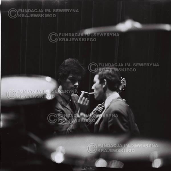 # 623 - zimowy Nonstop,1966r. Od lewej: Bernard Dornowski , Jerzy Kosela