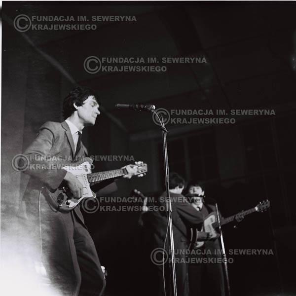 # 682 - 1966r. Hala Stoczni Gdańskiej
