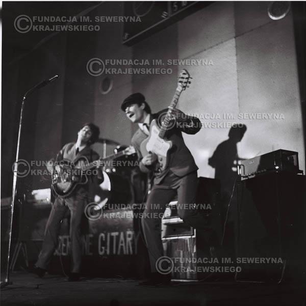 # 684 - 1966r. Hala Stoczni Gdańskiej