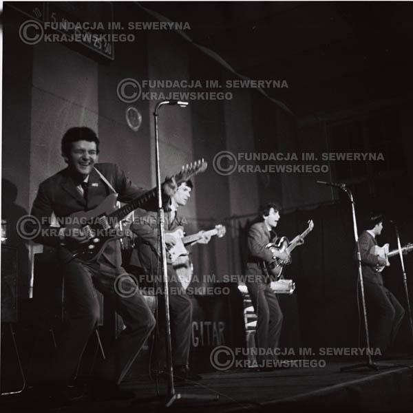 # 685 - 1966r. Hala Stoczni Gdańskiej