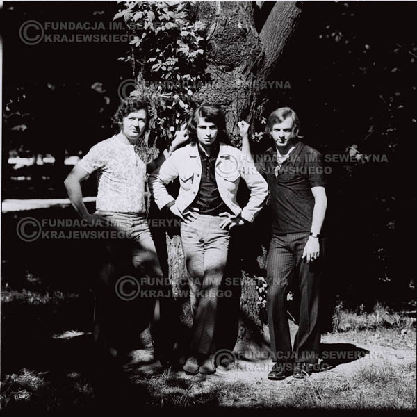# 698 - 1970r. Czerwone Gitary w składzie: Seweryn Krajewski, Bernard Dornowski, Jerzy Skrzypczyk.