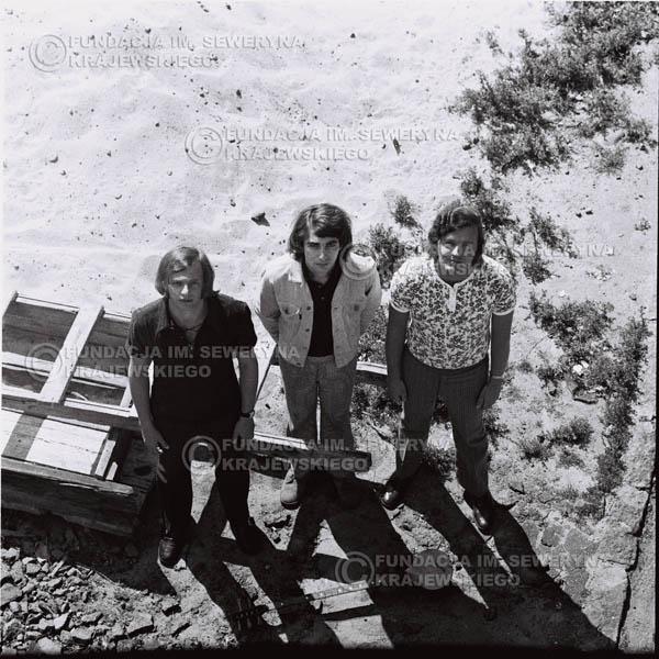 # 703 - 1970r. Czerwone Gitary w składzie: Seweryn Krajewski, Bernard Dornowski, Jerzy Skrzypczyk.