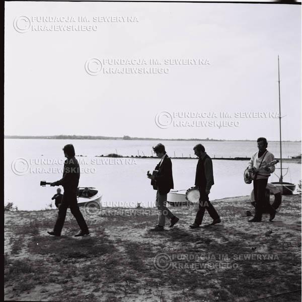 # 726 - Zalew Zegrzyński, kręcenie teledysku do piosenki Krzysztofa Klenczona 'Wróćmy nad jeziora'