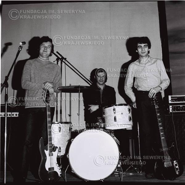 # 735 - Czerwone Gitary 1970r. w składzie: Seweryn Krajewski, Jerzy Skrzypczyk i Bernard Dornowski