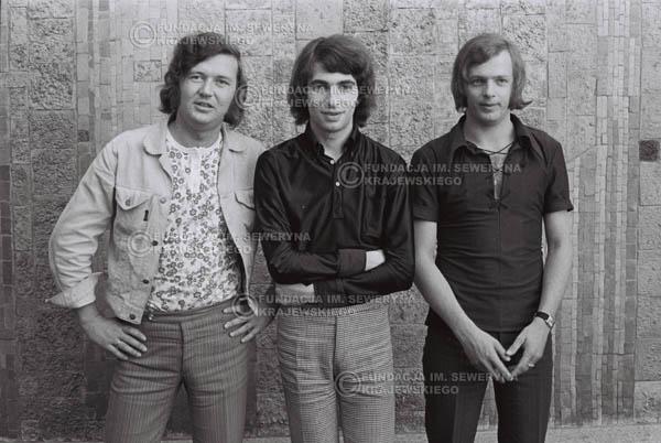 # 787 - 1970r. Warszawa, Czerwone Gitary w składzie: Seweryn Krajewski, Bernard Dornowski, Jerzy Skrzypczyk