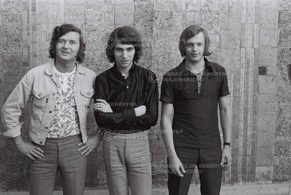# 798 - 1970r. Warszawa, Czerwone Gitary w składzie: Seweryn Krajewski, Bernard Dornowski, Jerzy Skrzypczyk