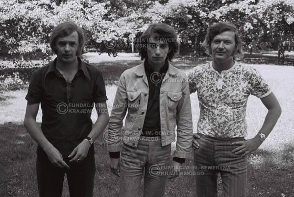 # 803 - 1970r. Warszawa, Czerwone Gitary w składzie: Seweryn Krajewski, Bernard Dornowski, Jerzy Skrzypczyk