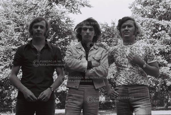 # 805 - 1970r. Warszawa, Czerwone Gitary w składzie: Seweryn Krajewski, Bernard Dornowski, Jerzy Skrzypczyk