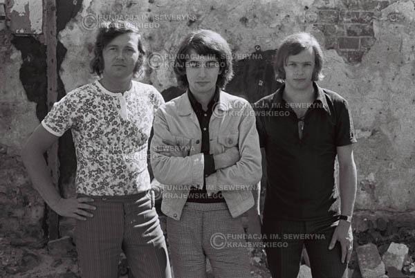 # 816 - 1970r. Warszawa, Czerwone Gitary w składzie: Seweryn Krajewski, Bernard Dornowski, Jerzy Skrzypczyk
