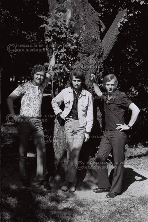 # 825 - 1970r. Warszawa, Czerwone Gitary w składzie: Seweryn Krajewski, Bernard Dornowski, Jerzy Skrzypczyk