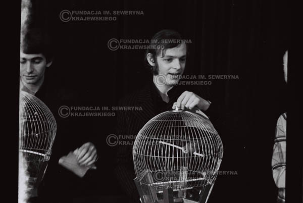 # 851 - 1968r. 'Zgaduj Zgadula' (program tv, papugi jako główna nagroda)