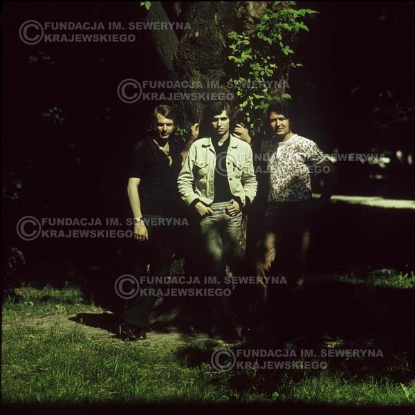 # 1105 - Czerwone Gitary 1970r. Jerzy Skrzypczyk, Seweryn Krajewski, Bernard Dornowski.