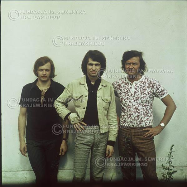 # 1108 - Czerwone Gitary 1970r. Jerzy Skrzypczyk, Seweryn Krajewski, Bernard Dornowski.