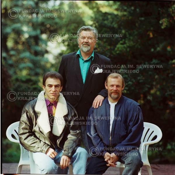 # 1146 - 1991r. sesja zdjęciowa w Michalinie, come back Czerwonych Gitar w składzie: Seweryn Krajewski, Bernard Dornowski, Jerzy Skrzypczyk