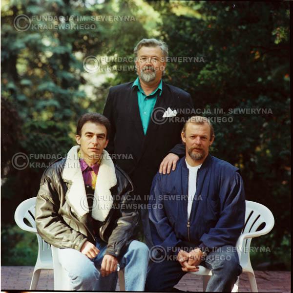 # 1147 - 1991r. sesja zdjęciowa w Michalinie, come back Czerwonych Gitar w składzie: Seweryn Krajewski, Bernard Dornowski, Jerzy Skrzypczyk