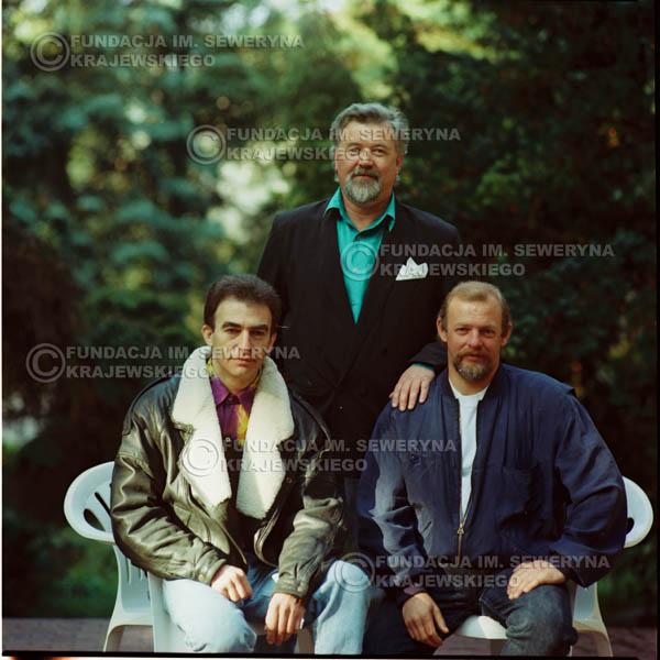 # 1151 - 1991r. sesja zdjęciowa w Michalinie, come back Czerwonych Gitar w składzie: Seweryn Krajewski, Bernard Dornowski, Jerzy Skrzypczyk
