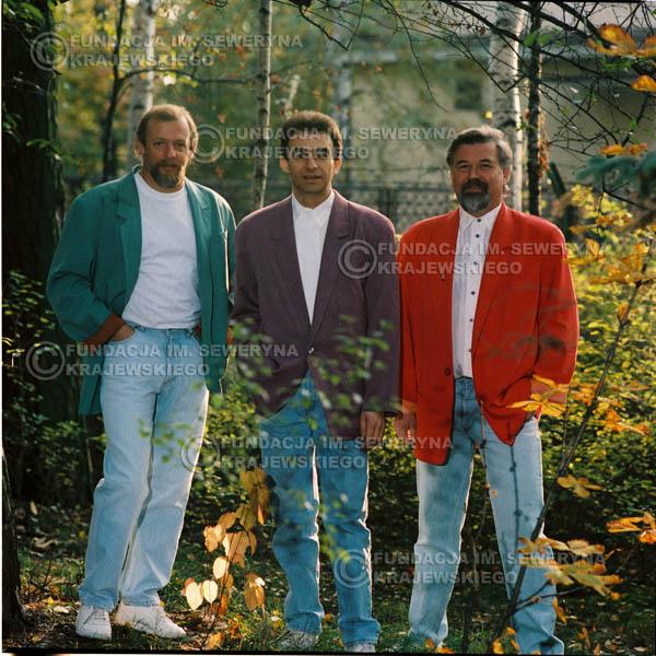 # 1152 - 1991r. sesja zdjęciowa w Michalinie, come back Czerwonych Gitar w składzie: Seweryn Krajewski, Bernard Dornowski, Jerzy Skrzypczyk