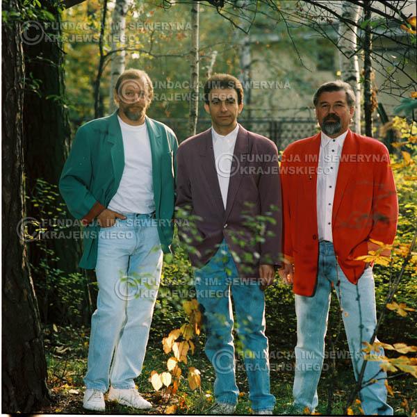 # 1171 - 1991r. sesja zdjęciowa w Michalinie, come back Czerwonych Gitar w składzie: Seweryn Krajewski, Jerzy Skrzypczyk, Bernard Dornowski.
