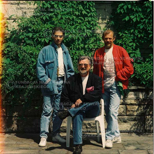 # 1172 - 1991r. sesja zdjęciowa w Michalinie, come back Czerwonych Gitar w składzie: Seweryn Krajewski, Jerzy Skrzypczyk, Bernard Dornowski.