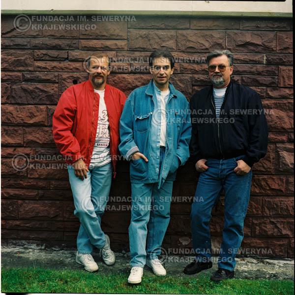 # 1173 - 1991r. sesja zdjęciowa w Michalinie, come back Czerwonych Gitar w składzie: Seweryn Krajewski, Jerzy Skrzypczyk, Bernard Dornowski.